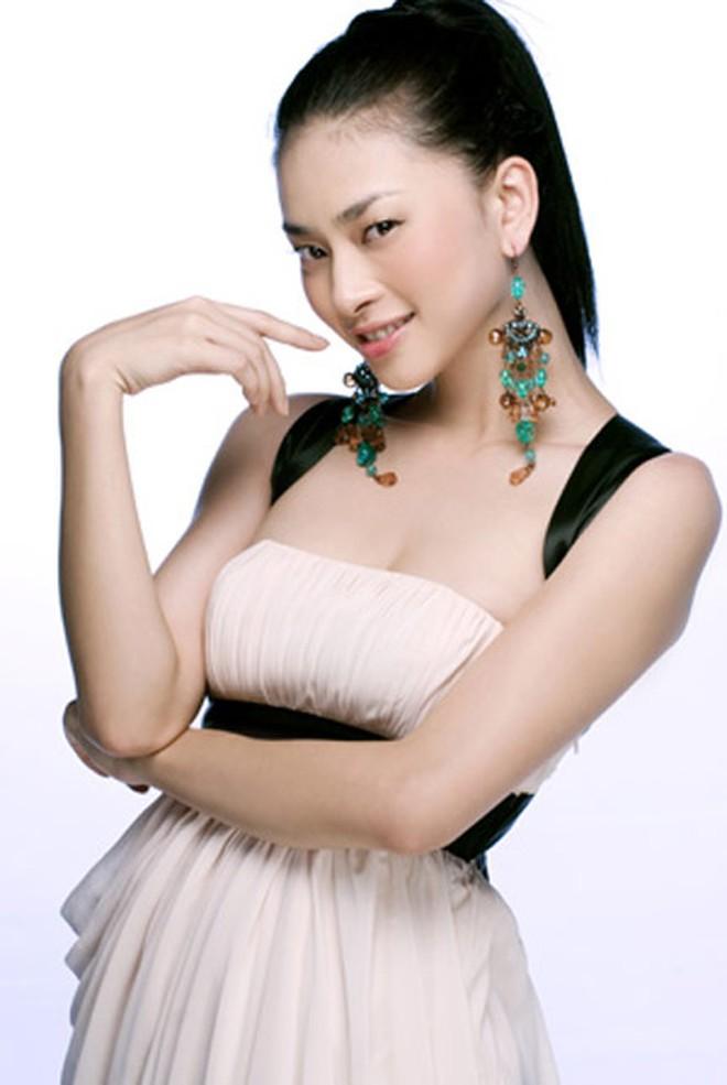 """Ngô Thanh Vân từng làm mẫu ảnh, đạt luôn giải Á hậu, nhan sắc 20 năm thách thức cả thời gian, xứng tầm danh xưng """"đả nữ"""" - Ảnh 16."""