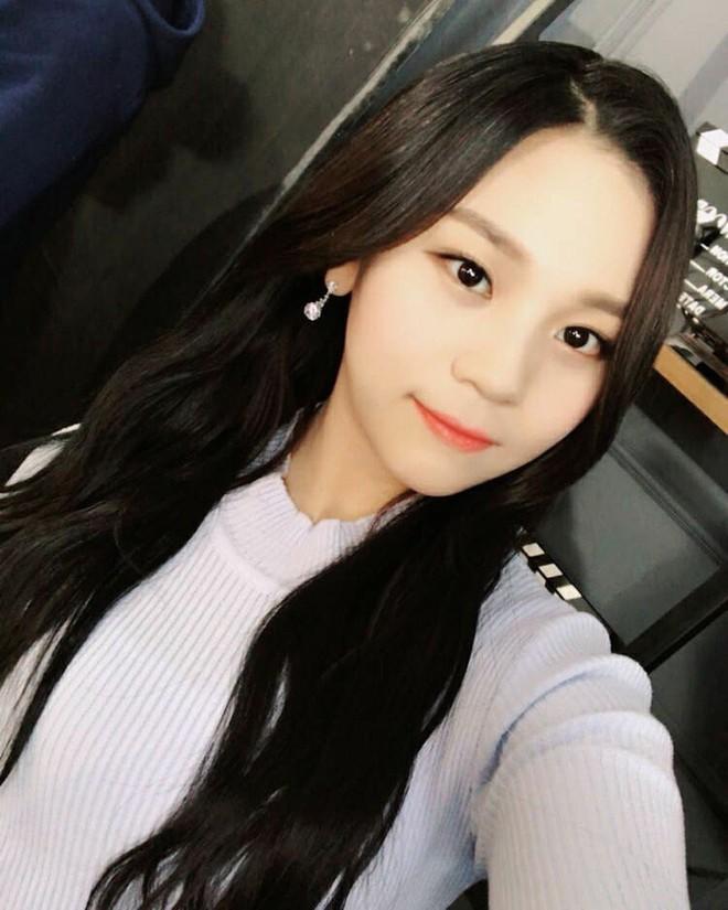 Nữ idol từng bị chê xấu nhất lịch sử Kpop nay đã thăng hạng visual ngoạn mục chỉ nhờ... đổi dáng lông mày - ảnh 5
