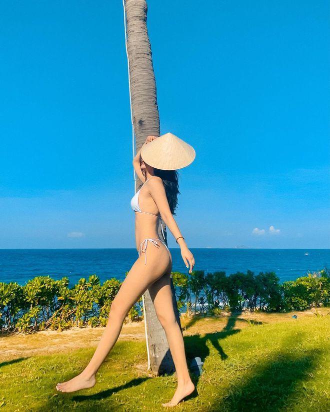 Tiểu thư 10X diện bikini hai mảnh bé tẹo, tiết lộ bí quyết xinh tươi nhờ ăn ảnh và ăn kiêng - ảnh 2
