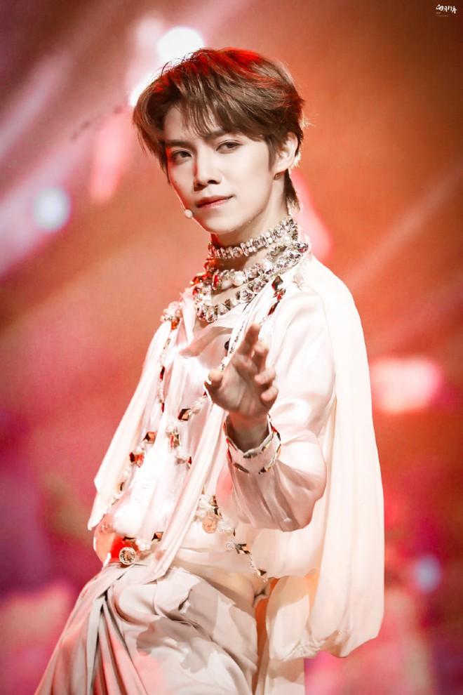 Dư Cảnh Thiên rời show, đây là gương mặt sẽ giữ vai trò Center của Thanh Xuân Có Bạn 3? - ảnh 3