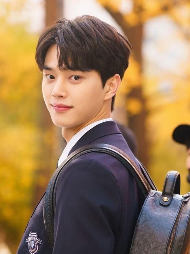 30 diễn viên hot nhất xứ Hàn: Song Joong Ki lên ngôi vương ngỡ ngàng sau 2 năm ly hôn, Jang Nara khiến dàn sao Penthouse bay màu - ảnh 4