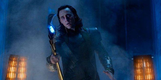 Mổ xẻ trailer mới tung của Loki: Đậm màu bom tấn không thua Endgame, phá hủy hàng loạt hành tinh gây tò mò cực độ - ảnh 4