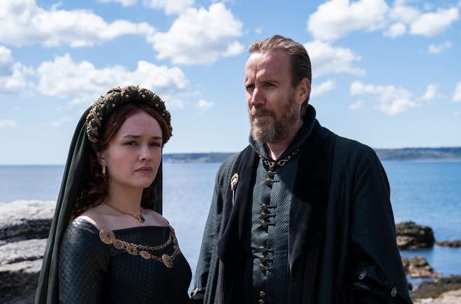 Game of Thrones hí hửng khoe ảnh series tiền truyện nhưng lại bị netizen chê phèn, tạo hình như... đi chợ? - ảnh 3