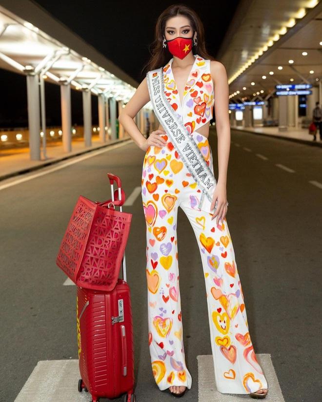 Netizen xỉu ngang với số outfit của Khánh Vân: 5 ngày mặc 8 set đẹp đỉnh, định san phẳng Miss Universe luôn hay gì? - Ảnh 1.