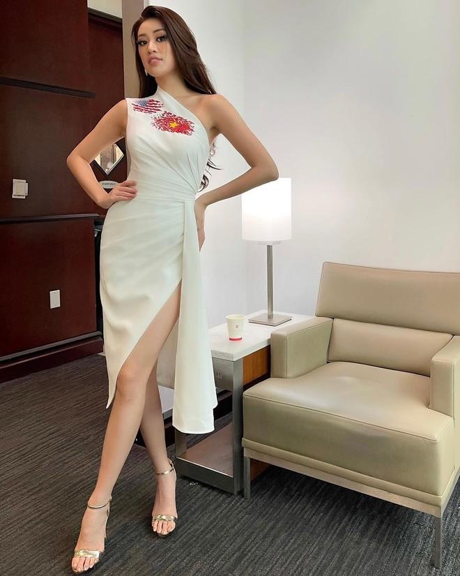 Netizen xỉu ngang với số outfit của Khánh Vân: 5 ngày mặc 8 set đẹp đỉnh, định san phẳng Miss Universe luôn hay gì? - Ảnh 4.