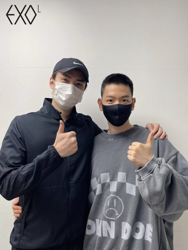 Hé lộ hình ảnh nhập ngũ đầu tiên của Baekhyun (EXO) vào hôm nay, body vạm vỡ lấp ló khiến fan gào thét không thôi - ảnh 6