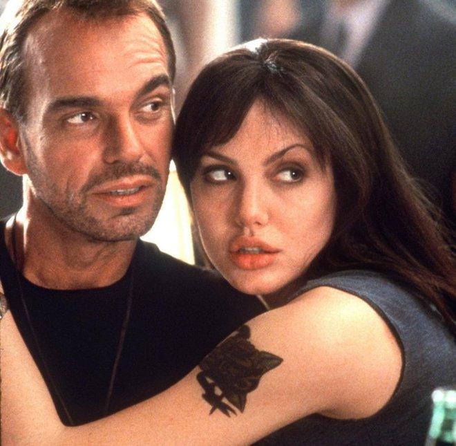 Đời chồng thứ 2 của Angelina Jolie: Nàng lại làm Tuesday, chàng đá hôn thê ngang nhiên cưới nàng và 101 chuyện ân ái gây sốc - ảnh 1