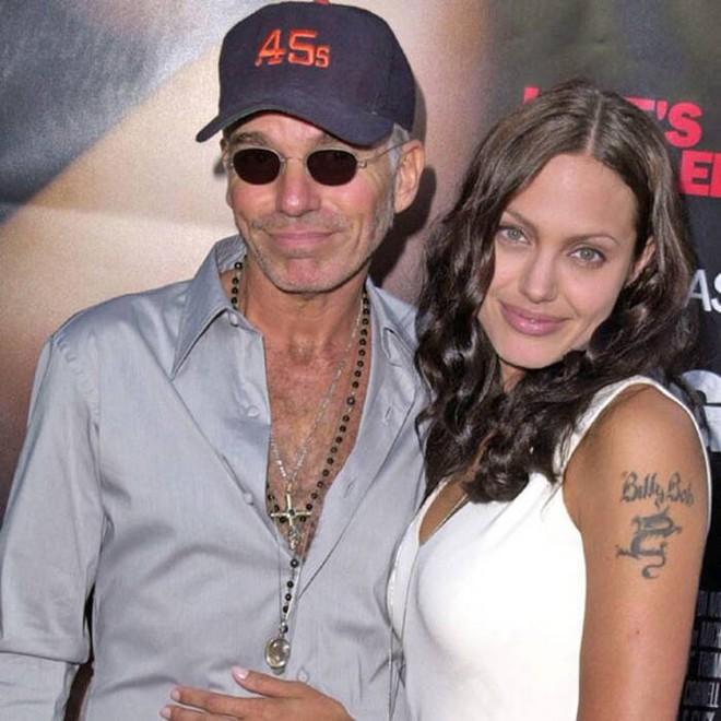 Đời chồng thứ 2 của Angelina Jolie: Nàng lại làm Tuesday, chàng đá hôn thê ngang nhiên cưới nàng và 101 chuyện ân ái gây sốc - ảnh 8