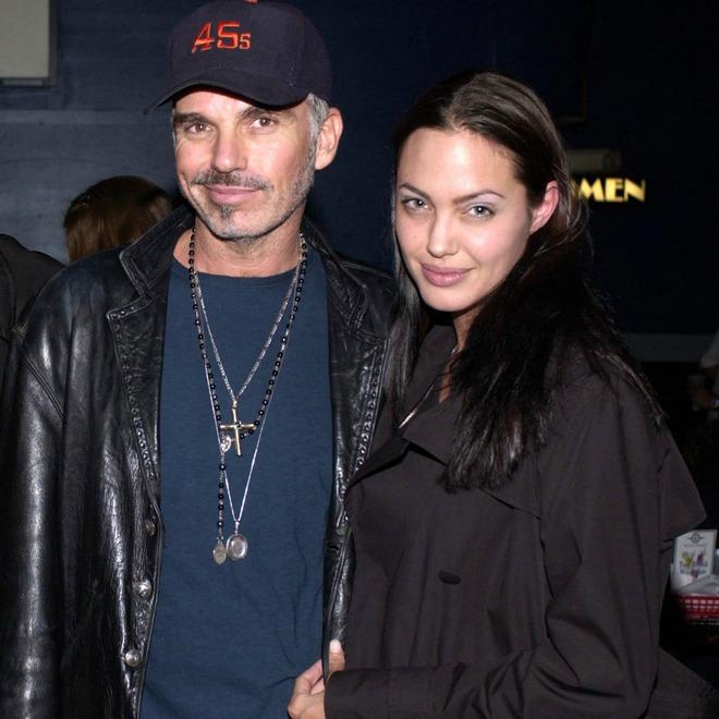 Đời chồng thứ 2 của Angelina Jolie: Nàng lại làm Tuesday, chàng đá hôn thê ngang nhiên cưới nàng và 101 chuyện ân ái gây sốc - ảnh 11