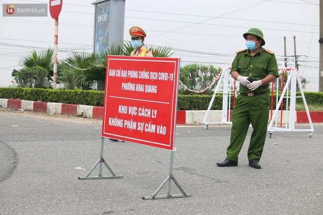 Vĩnh Phúc: Lập chốt kiểm soát gắt gao, nhiều người và phương tiện không được vào thành phố sau quyết định giãn cách - ảnh 16