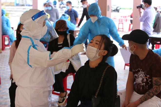 Thêm 2 ca dương tính SARS-CoV-2 ở Đà Nẵng: 1 điều dưỡng của Bệnh viện Hoàn Mỹ và 1 người đến khám tại Bệnh viện Gia Đình - ảnh 2