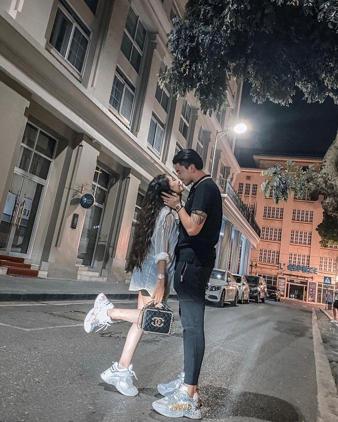 Cặp đôi đũa lệch giàu sụ tiết lộ chiều cao thật, đứng cạnh nhau mà tưởng yêu xa vì khoảng cách 30cm - ảnh 2