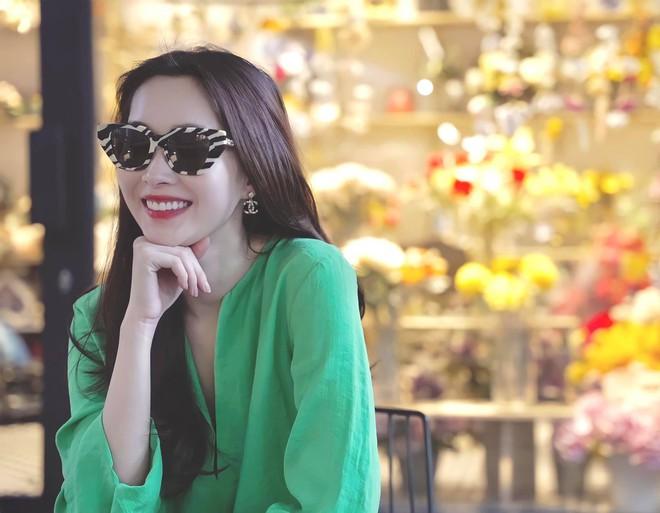 Hoa hậu tiết kiệm nhất Vbiz hẳn là Đặng Thu Thảo: Nàng dâu nhà hào môn chỉ mải mê diện đồ cũ mãi không chán - ảnh 2