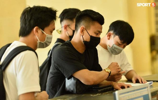 Cầu thủ HAGL lên hội quân tuyển Việt Nam: Xuân Trường, Văn Toàn đánh lẻ - ảnh 5