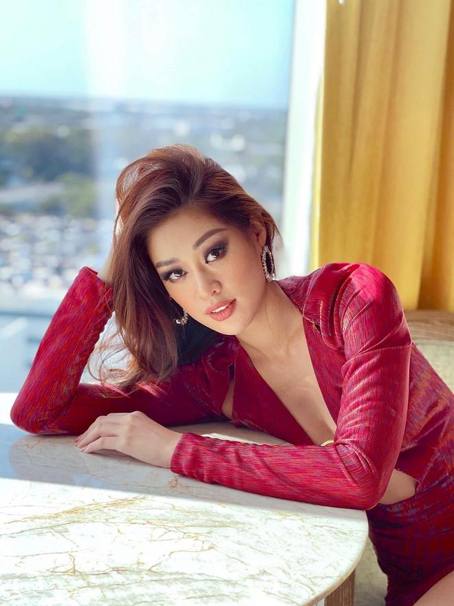 Khánh Vân lại chặt đẹp với outfit hở bạo khoe ngực căng và bụng phẳng, được đối thủ Thái Lan nhận xét thế này? - ảnh 6