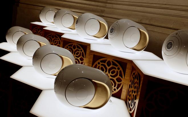 Cận cảnh loa không dây của người chơi hệ nhà giàu: Giá hơn 100 triệu, thiết kế độc lạ, dát đầy vàng lá, công nghệ đỉnh của chóp - ảnh 7