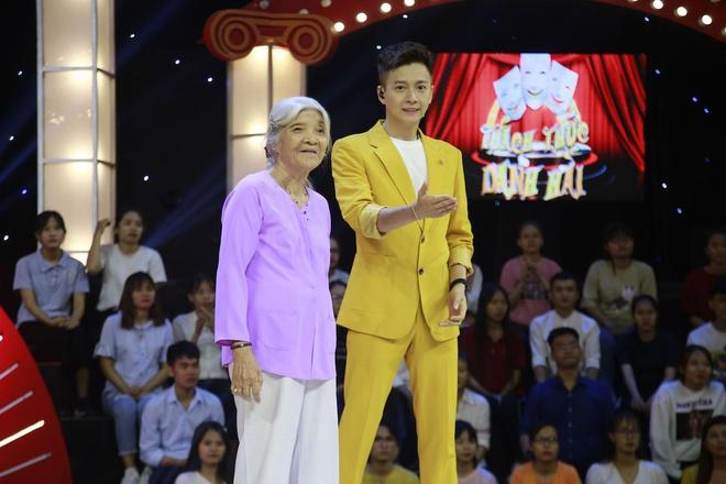 Cô Thiên Thanh - Thánh chửi U80 bất ngờ trở lại tham gia casting lần thứ 3 cho Thách Thức Danh Hài - ảnh 2