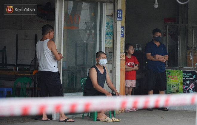 Hà Nội: Cận cảnh khu vực phong toả 6.000 dân ở Thường Tín, nhiều người đi làm ngỡ ngàng phải quay xe - ảnh 12
