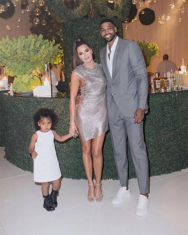 Người yêu của em gái Kim Kardashian lại bị tiểu tam đe doạ vạch trần thói trăng hoa - ảnh 5