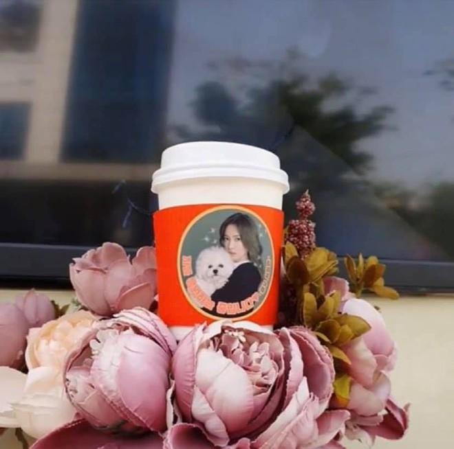 Song Hye Kyo được tặng xe cà phê ủng hộ phim mới, người gửi có liên quan đến chồng cũ Song Joong Ki? - ảnh 2