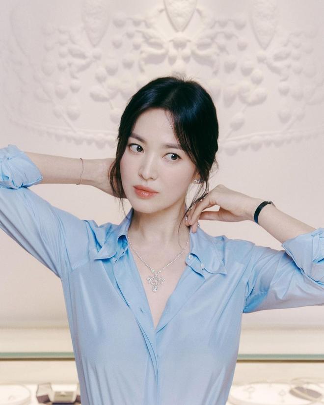 Song Hye Kyo được tặng xe cà phê ủng hộ phim mới, người gửi có liên quan đến chồng cũ Song Joong Ki? - ảnh 11