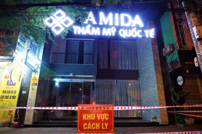 Nhân viên thẩm mỹ viện mắc Covid-19 ở Đà Nẵng từng đến Hòa Bình và 2 bệnh viện ở Hà Nội - ảnh 1