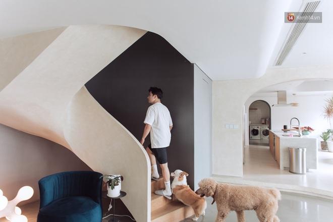 Cận cảnh penthouse 8 tỷ của Vũ Dino: Góc nào cũng chill, sofa hơn 100 triệu khiến khách chỉ muốn... làm biếng - ảnh 9
