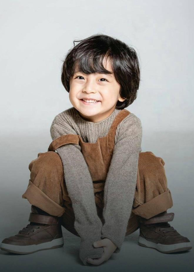 4 nhóc tì siêu cưng ở phim Hàn: Tiểu Lee Min Ho diễn cực đỉnh, 3 bé còn lại ai cũng muốn bắt về nuôi - Ảnh 16.