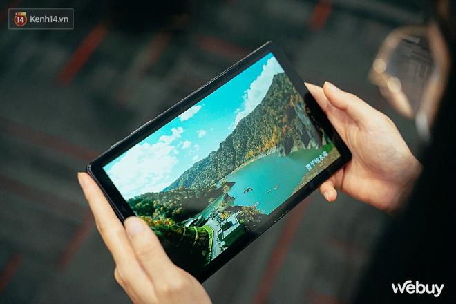 """Đây là Galaxy Tab A7 Lite: Giá phổ thông mà vẫn có tính năng """"sang - xịn - mịn"""", xem phim đọc báo chơi game nhẹ nhàng đều ổn áp - ảnh 4"""