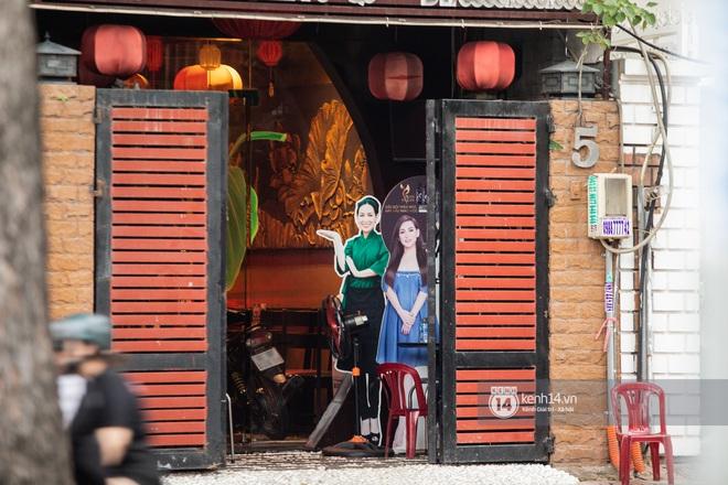 Về nhà Phi Nhung giữa loạt drama: 4 tầng lầu và chiếc Mẹc to đùng đậu ngay cửa, hàng xóm xôn xao ủa Hồ Văn Cường có bị nhốt đâu ta? - Ảnh 10.