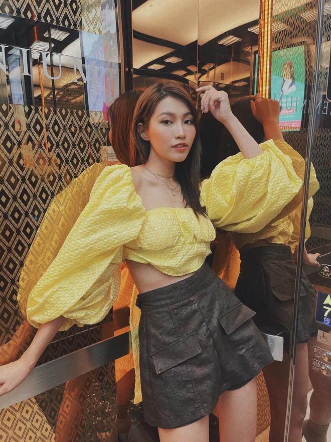 Sao Việt chia 3 bang phái khi lên đồ ở nhà: Tuyết Lan đơn giản mà xịn xò, Khánh Vy gây bất ngờ khi theo style kéo khóa quần hờ hững - ảnh 6