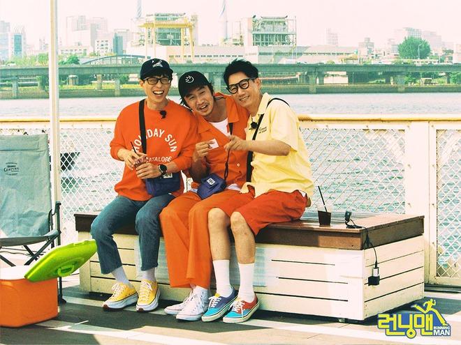 Bộ ảnh xúc động, đẹp như mơ của Lee Kwang Soo trong tập cuối ghi hình Running Man - ảnh 8