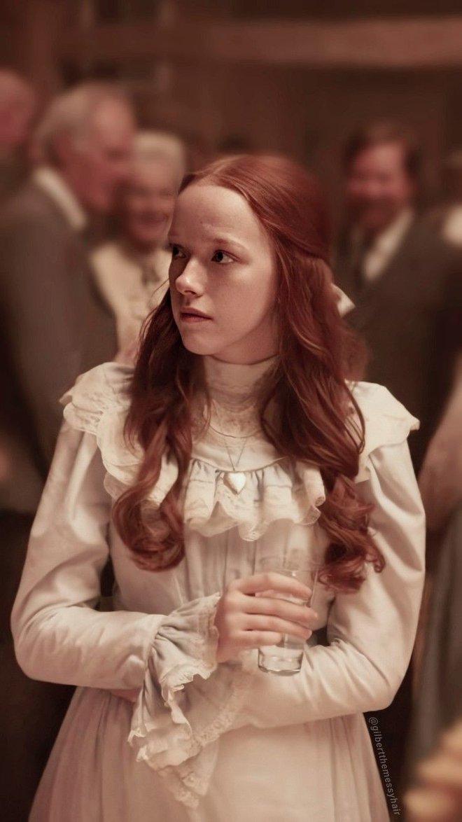 Stranger Things kết nạp mỹ nữ 19 tuổi của Anne with an E, dân mạng trầm trồ vì nhan sắc đẹp mê mẩn - ảnh 4