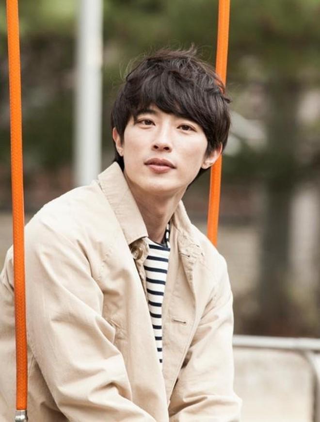 Phim của Goo Hye Sun chốt sổ dàn nam chính, nàng cỏ tái hợp tình cũ sau 10 năm - ảnh 3