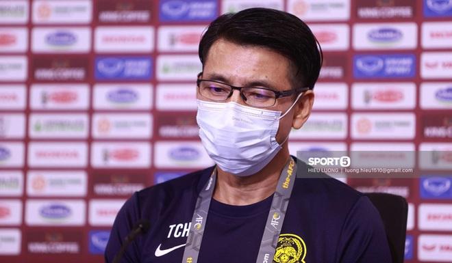 HLV tuyển Malaysia nhận tin cha qua đời ngay trước trận đấu với tuyển Việt Nam - ảnh 1