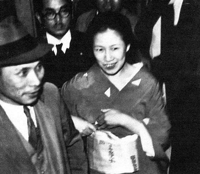 Vụ án mạng ở phim có cảnh nóng thật 100% xứ Nhật: Kỹ nữ giết tình nhân rồi cắt lìa một bộ phận, động cơ và số năm tù gây tranh cãi kịch liệt - ảnh 11