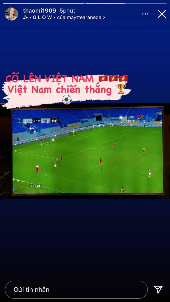 Cả hội Wags lẫn dàn bồ cũ của hội cầu thủ đều đang nô nức cổ vũ ĐT Việt Nam! - ảnh 7