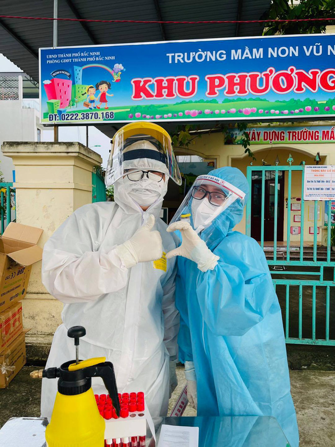 Những khoảnh khắc siêu cấp dễ thương của sinh viên trường Y tham gia chống dịch tại Bắc Ninh - ảnh 7