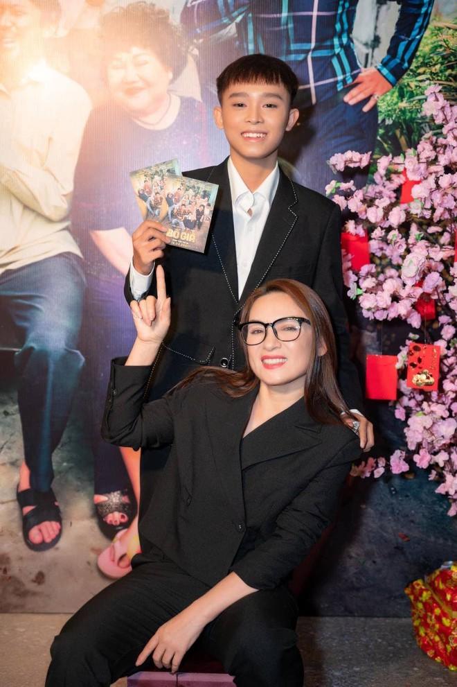 Netizen xót xa trước hoàn cảnh khó khăn của chị gái Hồ Văn Cường ở Tiền Giang, phải mưu sinh bằng nghề lượm ve chai - Ảnh 6.