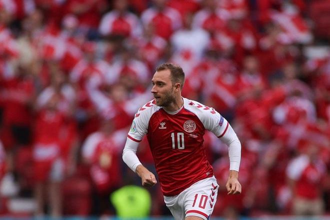 LĐBĐ Đan Mạch khiến tất cả thở phào khi đưa ra thông báo về tình trạng ở bệnh viện của Eriksen, cầu thủ nghe xong chấp nhận đá tiếp - ảnh 3