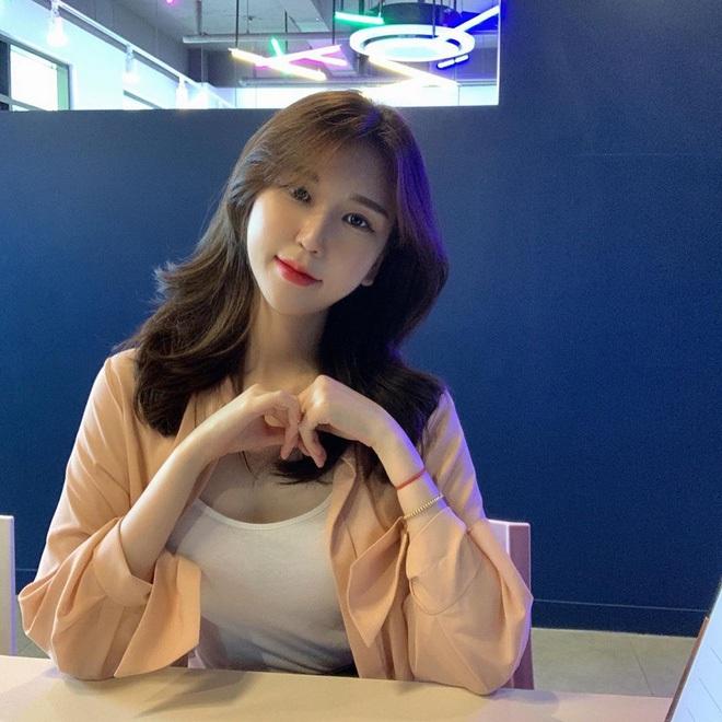 Ở nhà chống dịch, nhờ chế độ ăn kiêng của Jennie (BlackPink), cô nàng Vlogger xứ Hàn giảm 2.5kg chỉ sau 3 ngày - ảnh 3