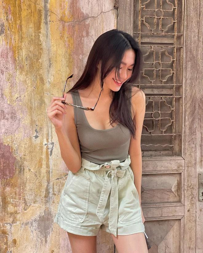Instagram look sao Việt tuần qua: Crop-top chiếm sóng, riêng 1 mỹ nhân lạc quẻ vì diện nguyên set đồ len phát ngốt - ảnh 7