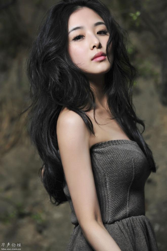 Đệ nhất mỹ nhân TVB chuyển hệ đóng bách hợp, bạn gái là con nuôi xinh ná thở của tài tử Lưu Đức Hoa? - ảnh 2
