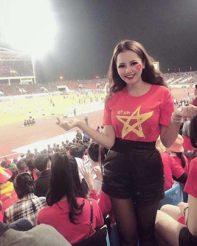 Cập nhật bản đồ bồ cầu thủ Việt: Người đến người đi xoành xoạch, quan trọng là ai cũng xinh! - ảnh 28