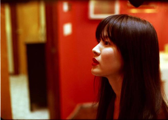 Song Hye Kyo từng có phim 18  bị cấm chiếu vì cảnh nóng trần trụi, còn trở thành nạn nhân của clip sex - Ảnh 3.
