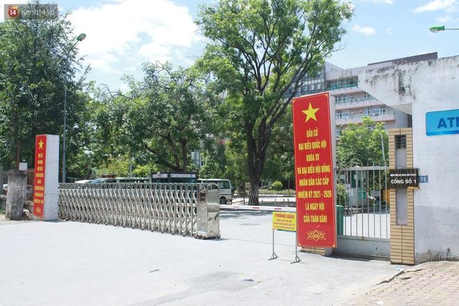 Hà Nội: Phong tỏa 1 tòa chung cư sau khi ghi nhận ca dương tính SARS-CoV-2 - ảnh 13