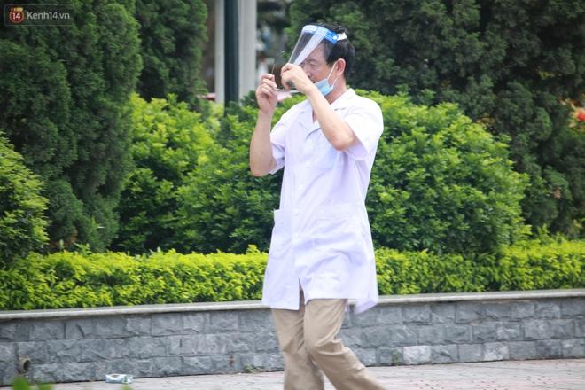 Hà Nội: Phong tỏa 1 tòa chung cư sau khi ghi nhận ca dương tính SARS-CoV-2 - ảnh 10