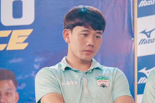 Dàn nam thần ĐT Việt Nam: Giỏi đá bóng, có khiếu kinh doanh, biết nấu ăn và quan trọng là độc thân! - Ảnh 6.