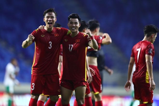 Lạc quan nào: Việt Nam giờ đã vào top 12 đội mạnh nhất châu Á, chính thức cạnh tranh trực tiếp vé đi World Cup 2022 - ảnh 1