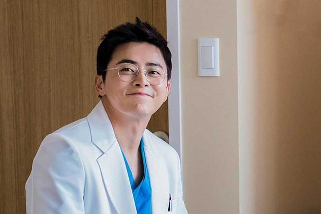 7 nhân vật phim Hàn fan muốn ở cùng nếu bị mắc kẹt trên hoang đảo: Bạn gái Song Joong Ki bất ngờ lọt top, hạng 1 khó ai tranh được với Son Ye Jin - ảnh 4